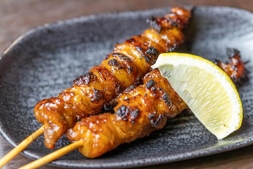 博多風 熟成鶏皮串 500円